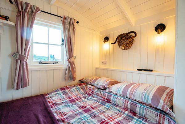 Romantic Shepherds Hut