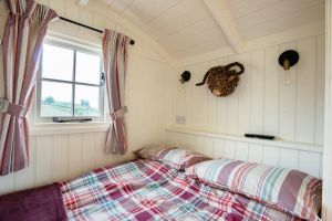 Shepherds Hut Double