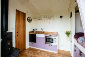 Shepherds Hut kitchen